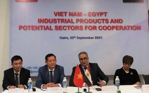 Thương vụ Việt Nam tại Ai Cập thúc đẩy XTTM tại Hội chợ quốc tế Cairo lần thứ 54