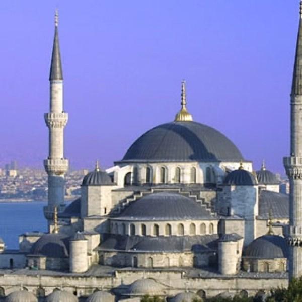 Xuất khẩu của Thổ Nhĩ Kỳ tăng nhẹ sau 14 tháng giảm liên tiếp