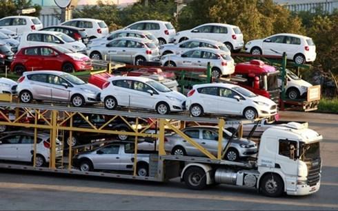Doanh số bán ô tô tháng 4 tăng mạnh