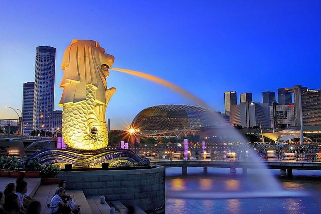 Singapore - đối tác thương mại lớn nhất của Việt Nam trong khu vực ASEAN