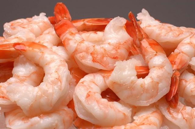 Nguồn cung yếu ảnh hưởng đến xuất khẩu tôm Việt Nam