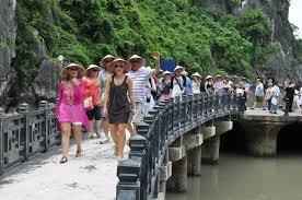Khách quốc tế đến Việt Nam tăng mạnh