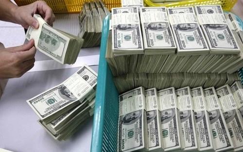 Dòng kiều hối về Việt Nam dễ suy giảm trước việc Fed liên tục tăng lãi suất