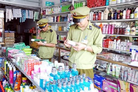 Gia Lai: Phát hiện cơ sở làm giả mỹ phẩm quy mô lớn