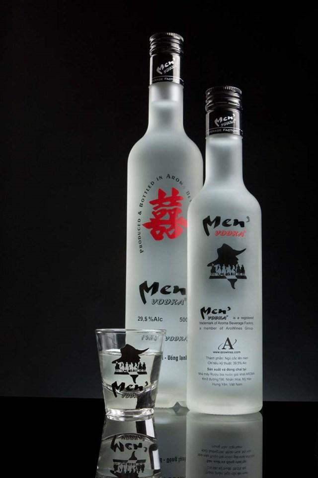 """Thông tin về vụ việc sản xuất, kinh doanh rượu """"siêu rẻ"""" tại Kim Động, Hưng Yên"""