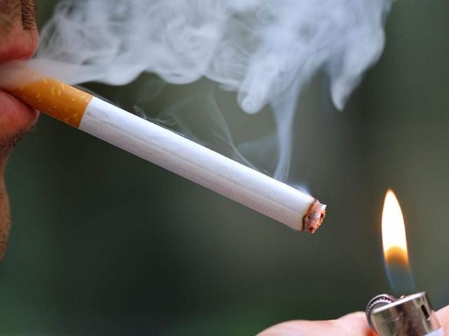 DN kêu khó việc đấu giá thuốc lá ngoại nhập lậu bị tịch thu để tiêu thụ