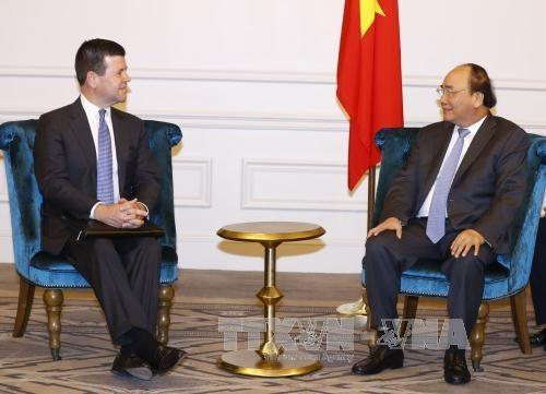 Thủ tướng Nguyễn Xuân Phúc tiếp Phó Chủ tịch Cấp cao Sàn chứng khoán NASDAQ