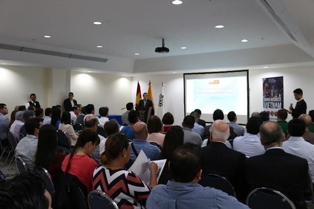 Hội thảo kinh doanh và triển lãm sản phẩm thương mại tại Ecuador