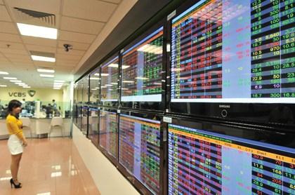 Chứng khoán sáng 2/10: Dòng tiền rút lui, VN-Index vất vả gượng dậy