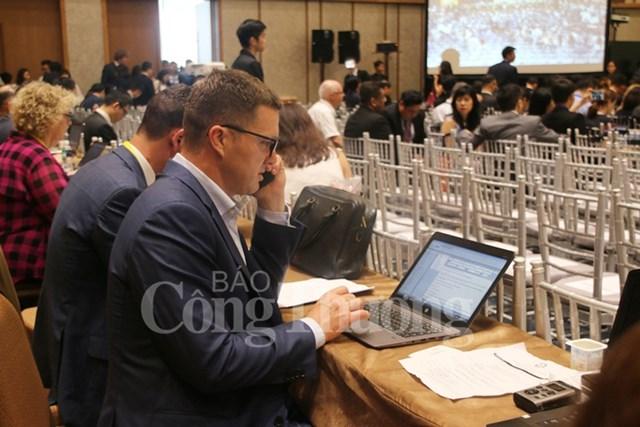 Ngày làm việc thứ ba của các CEO APEC