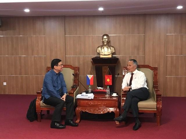 Thứ trưởng Bộ CT Trần Quốc Khánh hội đàm với thứ trưởng Bộ CT Philippines