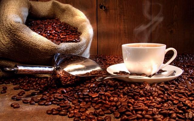 Giá cà phê ngày 3/7/2018 lao dốc gần 3% xuống đáy ít nhất 2 năm