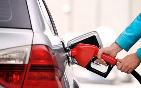 Nhập khẩu xăng dầu tăng mạnh sau 2 tháng sụt giảm