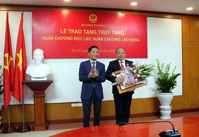 Lễ trao tặng Huân chương Độc lập, Huân chương LĐ cho cá nhân xuất sắc