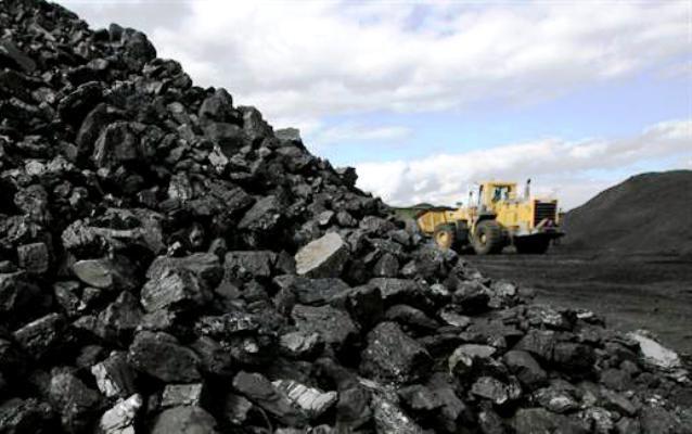 Lượng than đá nhập khẩu về Việt Nam 4 tháng tăng mạnh 128%