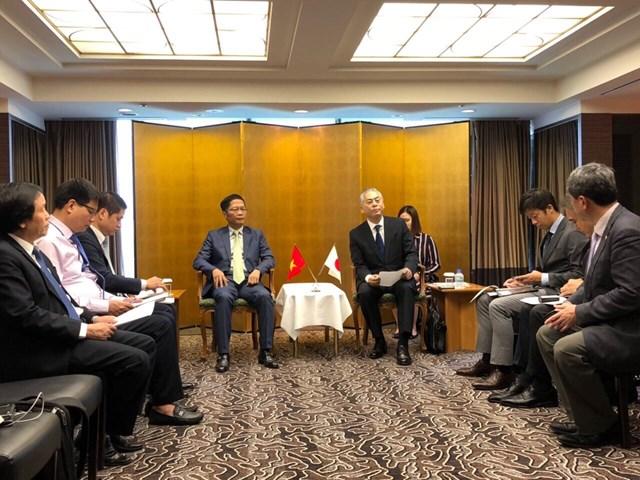 Bộ trưởng Trần Tuấn Anh tiếp Lãnh đạo Fast Retailing tại Tokyo, Nhật Bản