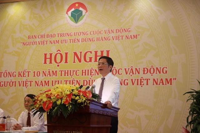 """Cuộc vận động """"Người VN ưu tiên dùng hàng VN"""" thúc đẩy thị trường trong nước"""