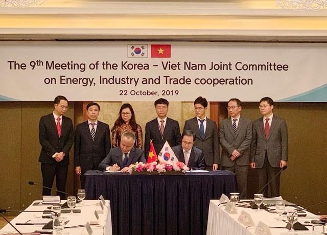 Kỳ họp lần 9 của UBHH VN–Hàn Quốc về hợp tác Năng lượng, CN và Thương mại