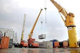 Kim ngạch xuất nhập khẩu cả nước đã vượt 450 tỷ USD