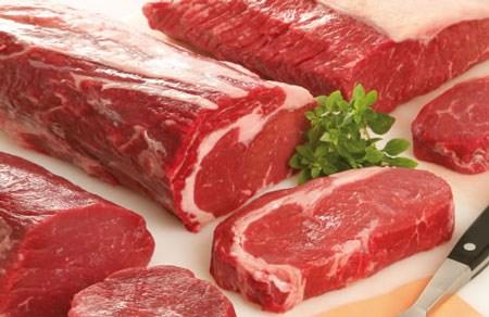 Bộ Công Thương hỗ trợ NK do thiếu thịt lợn, góp phần bình ổn thị trường Tết