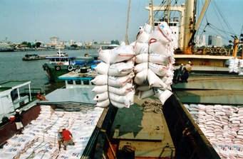 400.000 tấn gạo trong hạn ngạch vẫn chưa xuất khẩu
