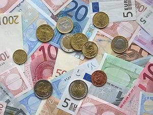 Tỷ giá Euro ngày 20/4/2021 đồng loạt tăng