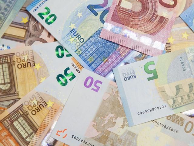 Tỷ giá Euro, bảng Anh hôm nay 27/5/2021 biến động giảm
