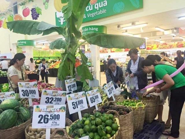Ngày hội giảm giá và dùng thử miễn phí trái cây tại Co.opmart