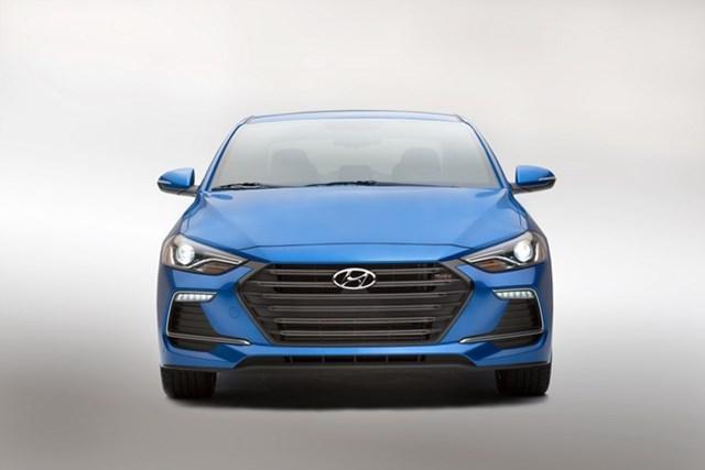 Hyundai Elantra Sport 2017 dùng động cơ tăng áp tại Mỹ
