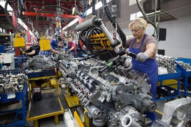 Kinh tế Nga ghi nhận giảm phát lần đầu tiên sau 5 năm