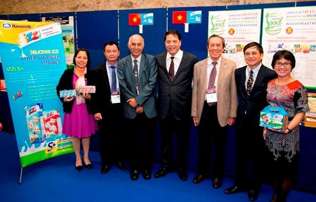 Sữa IZZI đoạt giải thưởng Công nghiệp thực phẩm toàn cầu