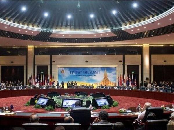 """WEF: ASEAN là """"thị trường mở cửa hơn"""" về thương mại so với EU và Mỹ"""