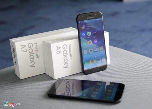 Mở hộp Samsung Galaxy A5 và A7 2017