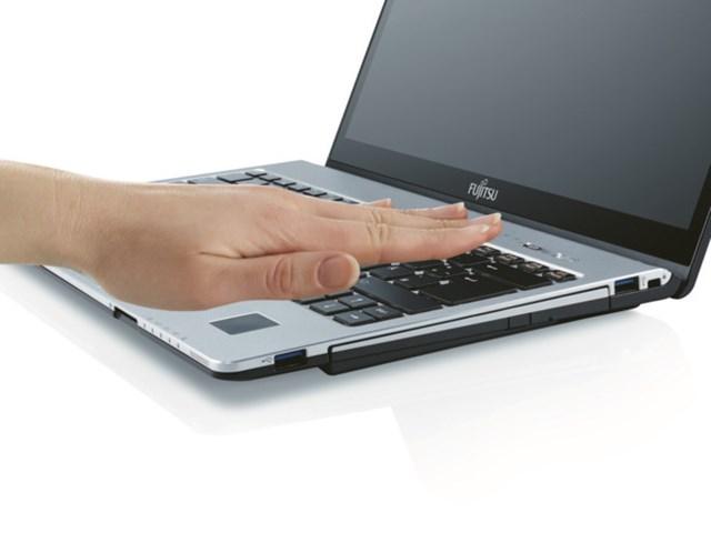 Laptop Fujitsu sắp trở lại Việt Nam