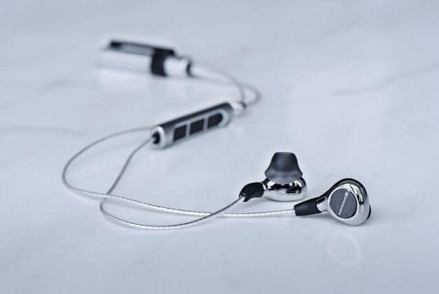 Tai nghe In-ear Bluetooth đắt nhất thế giới