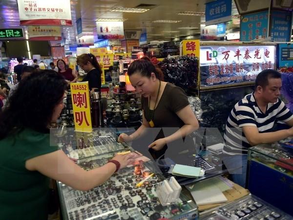 Reuters: GDP của Trung Quốc ước tăng 6,8% trong quý 2
