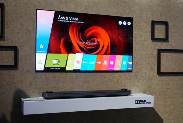 TV OLED mỏng hơn 2 mm giá từ 300 triệu của LG