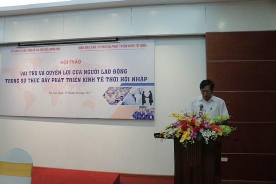 Vai trò của người lao động trong sự thúc đẩy phát triển kinh tế thời hội nhập