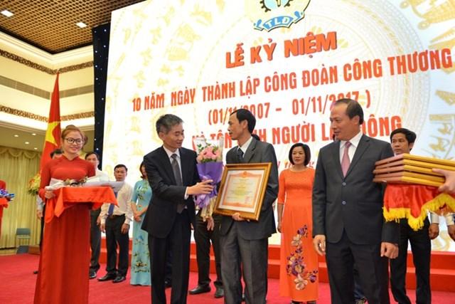 Công đoàn Công Thương Việt Nam: Tự hào 10 năm sát cánh cùng người lao động