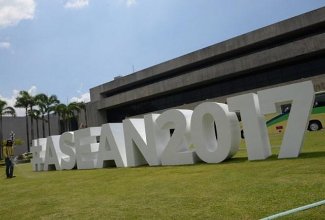 Thủ tướng tham dự Khai mạc Hội nghị cấp cao ASEAN lần thứ 31