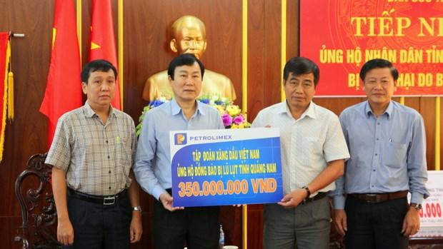 Petrolimex ủng hộ 1,2 tỷ đồng cho đồng bào miền Trung sau cơn bão số 12