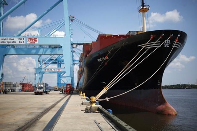 Thâm hụt thương mại của Mỹ lên mức cao nhất kể từ đầu năm