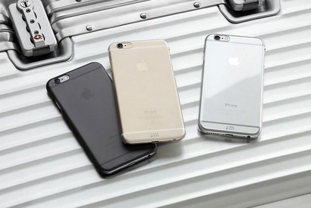 Vỏ iPhone tự lành vết xước sau 20 giây