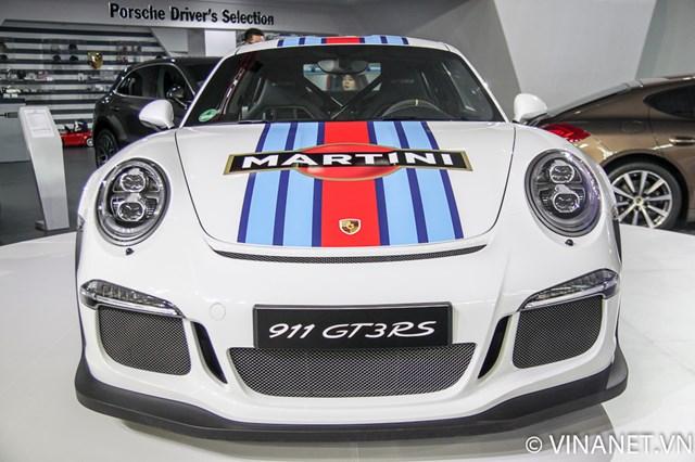 Chiêm ngưỡng siêu xe Porsche 911 GT3 RS tại Triển lãm ô tô VIMS 2015