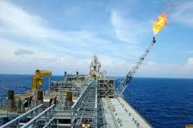 Giá dầu thế giới ngày 5/8 giảm do hoạt động bán khống tăng