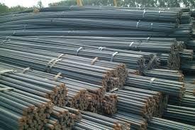 Giá quặng sắt, thép thoái lui do triển vọng nhu cầu thép vững