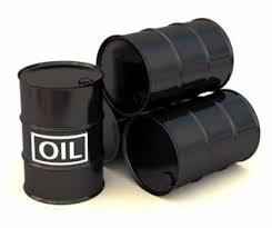 Giá dầu thô Hoa Kỳ giữ trên 105 USD/thùng do dự báo tồn trữ giảm