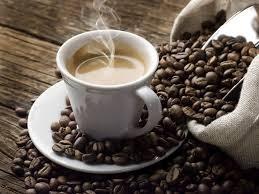 Cà phê và đường giảm từ đỉnh cao nhiều tháng