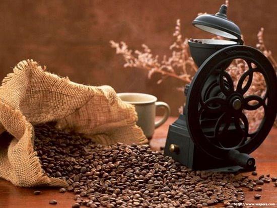 Cà phê Việt Nam: giao dịch chậm do giá trong nước cao