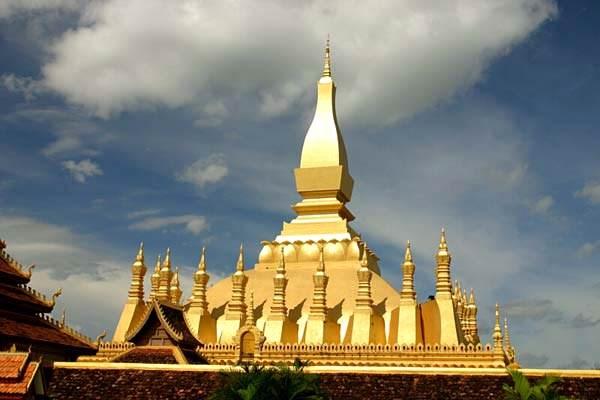 Xuất khẩu hàng hóa sang Lào tăng nhẹ